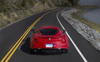 Alfa Romeo 4C [78] wallpaper
