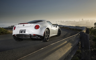 Alfa Romeo 4C [61] wallpaper