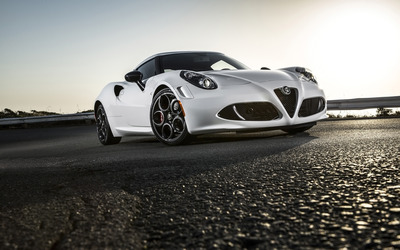 Alfa Romeo 4C [15] wallpaper