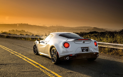 Alfa Romeo 4C [3] wallpaper