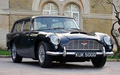 Aston Martin DB5 Shooting Brake wallpaper