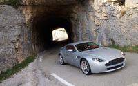 Aston Martin V8 Vantage [8] wallpaper 1920x1200 jpg