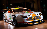 Aston Martin Vantage GT2 wallpaper 1920x1200 jpg