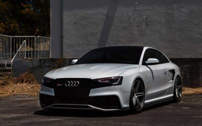 Audi RS 5 wallpaper