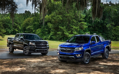 Black and blue Chevrolet Colorado Z71 wallpaper
