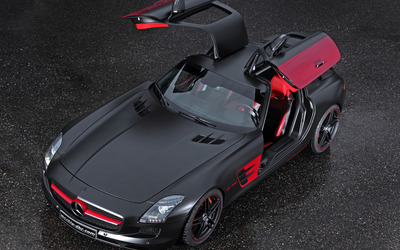 Black and red Mcchip-DKR Mercedes-Benz SLS AMG with open doors Wallpaper