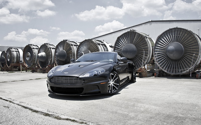 Black Aston Martin DBS wallpaper