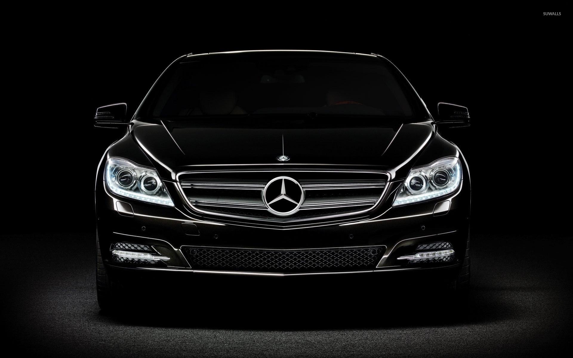 Black Mercedes Benz In The Darkness Wallpaper