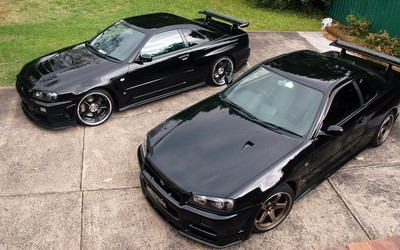 Black Nissan Skyline top view wallpaper