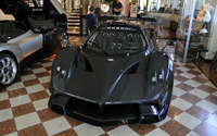 Black Pagani Zonda R in a museum wallpaper 2560x1600 jpg
