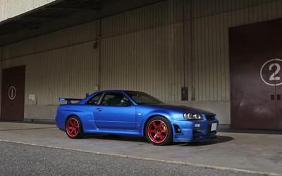 Blue Nissan Skyline side view wallpaper