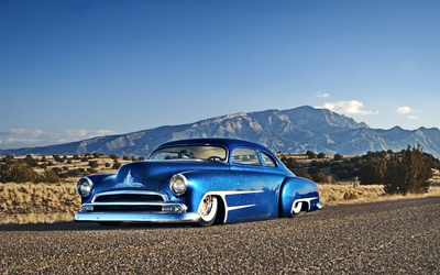 Blue sparkly Chevrolet lowrider wallpaper