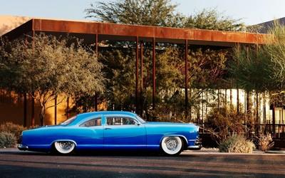 Blue vintage car wallpaper