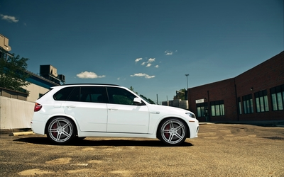 BMW X5 [10] wallpaper