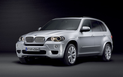 BMW X5 M Sport Package wallpaper