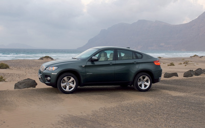 BMW X6 Sports Activity Coupe wallpaper
