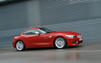 BMW Z4 sDrive35is wallpaper