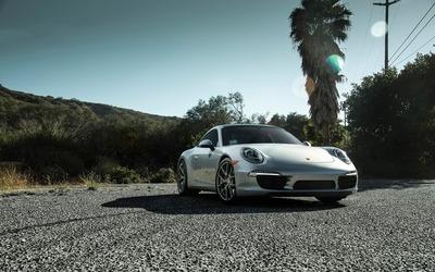 Boden Porsche 911 Carrera S front view wallpaper