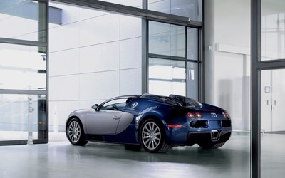 Bugatti Veyron in a showroom wallpaper