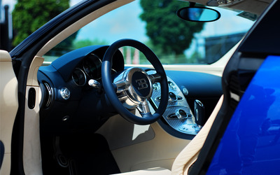 Bugatti Veyron interior wallpaper