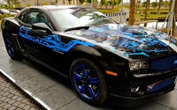 Chevrolet Camaro with blue rims wallpaper 2560x1440 jpg