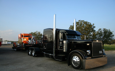 Custom-made truck wallpaper