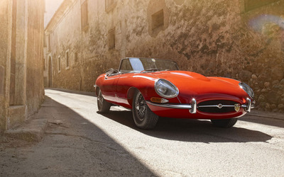 Jaguar E-Type XK-E Roadster wallpaper