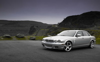 Jaguar XJ wallpaper 1920x1200 jpg