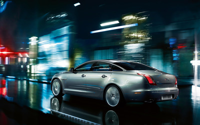 Jaguar XJ Ultimate wallpaper