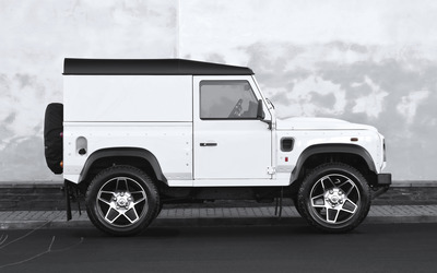 Kahn Land Rover Defender side view [2] wallpaper