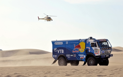 Kamaz truck in desert wallpaper