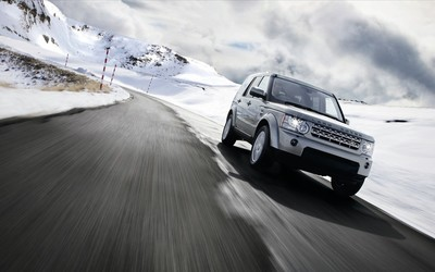 Land Rover Discovery wallpaper