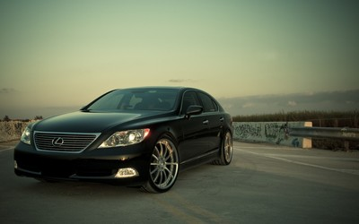 Lexus LS wallpaper