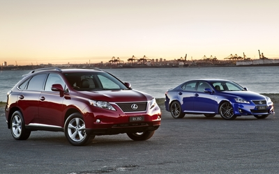 Lexus RX 350 and IS 350 wallpaper