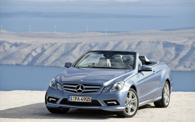 Mercedes-Benz E 250 convertible wallpaper