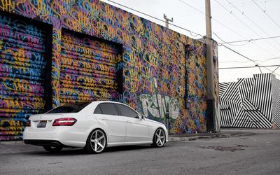 Mercedes-Benz E-Class [3] wallpaper