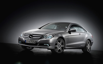 Mercedes-Benz E-Class Coupe wallpaper