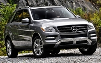 Mercedes-Benz ML550 wallpaper 1920x1200 jpg