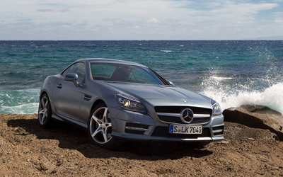 Mercedes-Benz SLK350 wallpaper