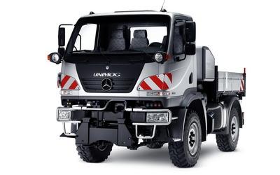 Mercedes-Benz Unimog wallpaper