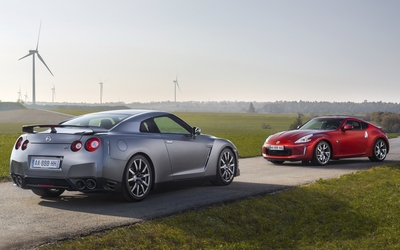 Nissan GT-R and Nissan 370Z wallpaper