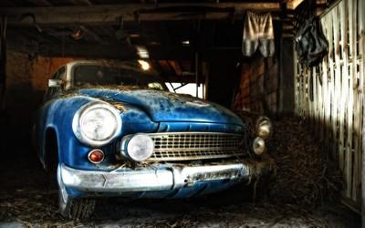 Old car in barn wallpaper