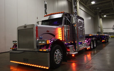 Peterbilt truck [2] wallpaper