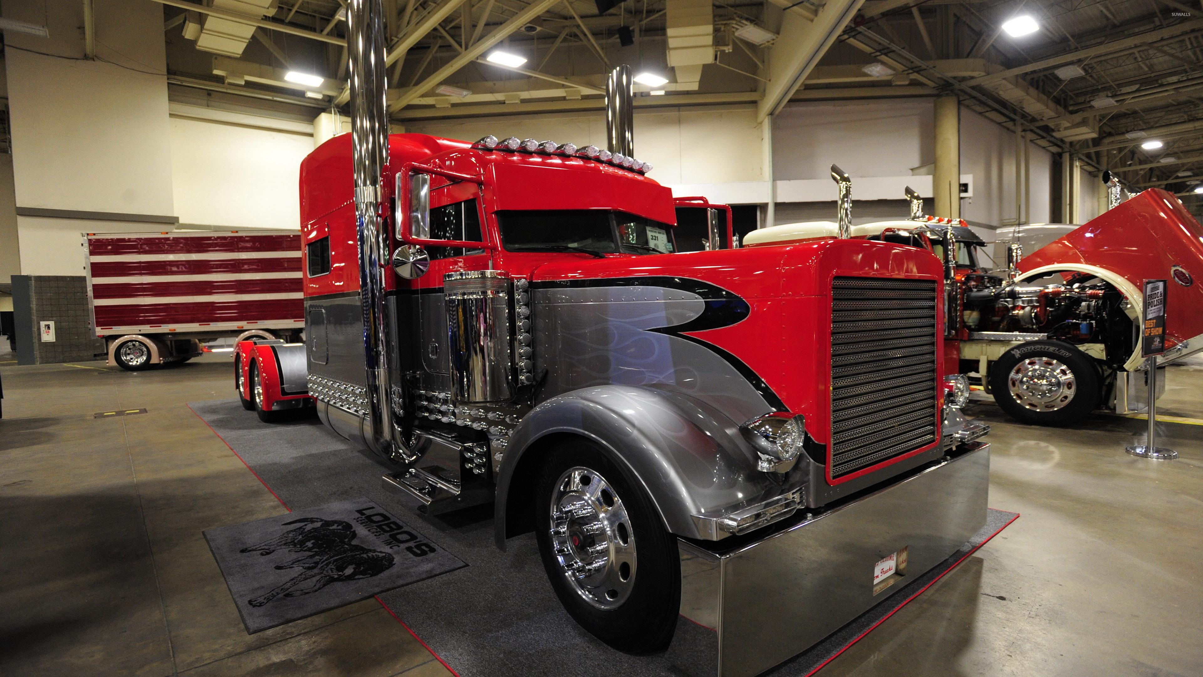 Peterbilt Truck 5 Wallpaper
