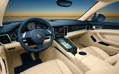Porsche Panamera GTS wallpaper
