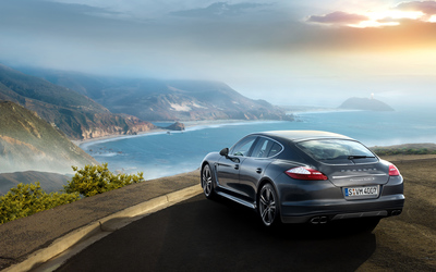 Porsche Panamera turbo S on the edge wallpaper