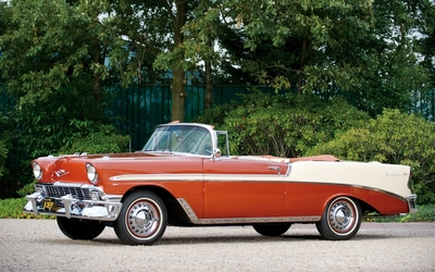 Red Chevrolet Bel Air cabriolet parked Wallpaper