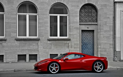 Red Ferrari 458 Italia side view wallpaper