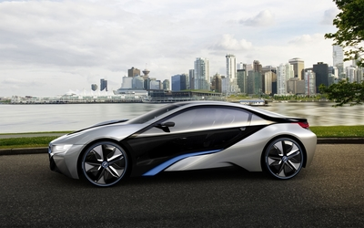 Side view of a BMW i8 Wallpaper