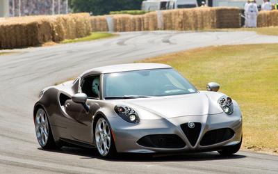 Silver Alfa Romeo 4C on the race track Wallpaper